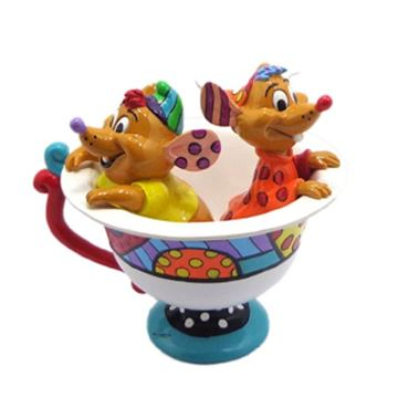 Picture of Jaq & gus in teacup large