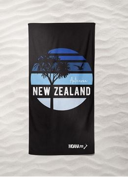 Picture of Beach towel blue skies