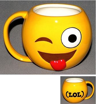 Picture of Emoji mug winking