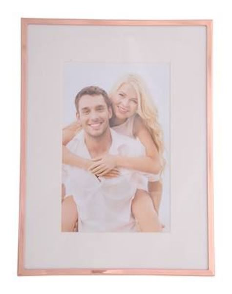 Picture of 4x6 rose gold trim frame