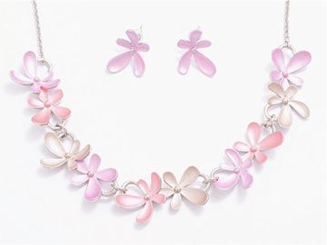 Picture of Pink/lavender flowers set