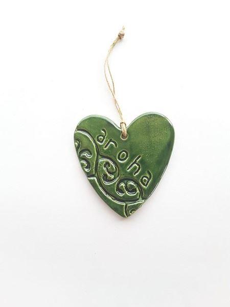 Picture of Heart aroha green