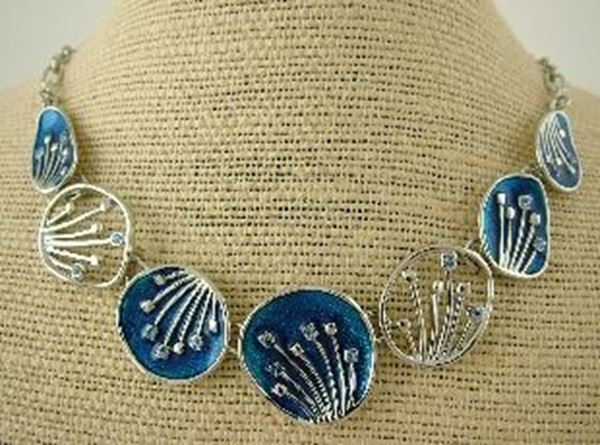 Picture of Blue pohutukawa necklace