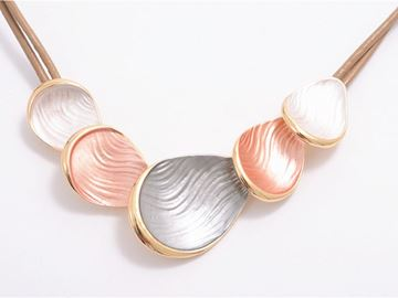 Picture of 3 colours waterdrop necklace