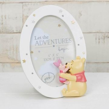 Picture of Pooh oval frame