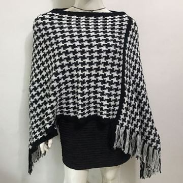 Picture of Black houndstooth poncho