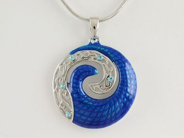 Picture of Blue koru silv pendant