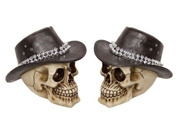 Picture of 15cm cowboy skull with hat