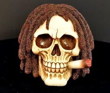 Picture of Bob rasta skull 14cm